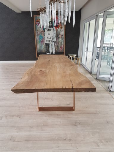 live-edge-table-with-steel-legs