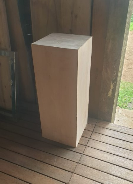 plinth-side-table-